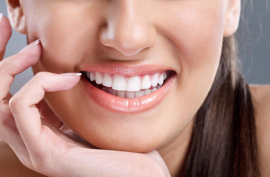 高效正畸矫治器——隐贝舌侧自锁托槽推动舌侧技术发展