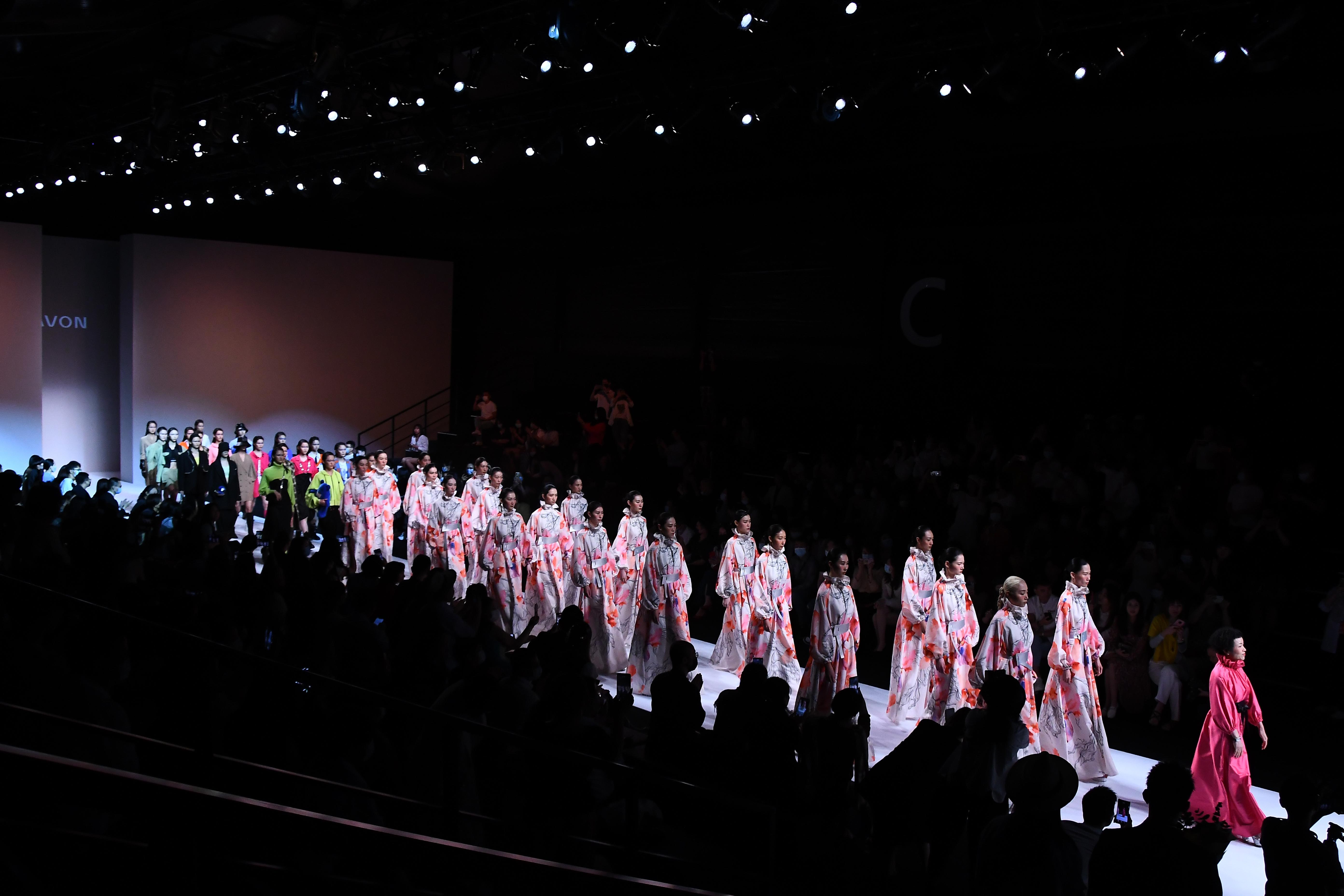 2021卡汶时尚集团「鱼菜共生未来」秋季大秀精彩发布