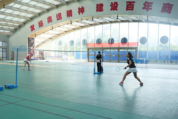 8正在进行的羽毛球女单决赛.jpg